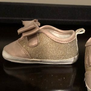 Other - Gold glitter baby girl shoes size 2